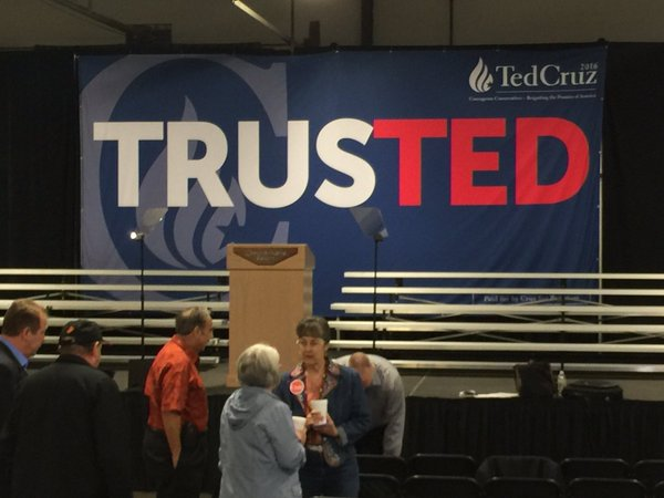 Kentucky Republican Caucus drawing large turnout